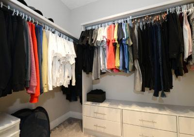 sanoma walk in closet